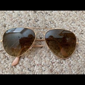 Ray van golf aviators